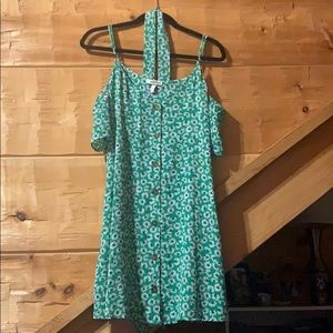 Kohl's Brand Green Cold Shoulder Button Down Dress
